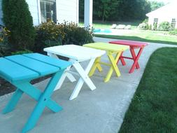 Folding Outdoor Side Table in Recycled Plastic - Multiple Co